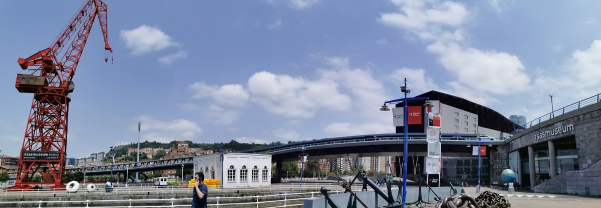 Aitor Delgado Tours outside Bilbao Basque Maritime Museum in august 2020